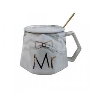 Чаша с капак и лъжичка Mr