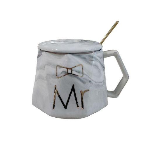 Чаша с капак и лъжичка Mr на супер цена от Neostyle.bg