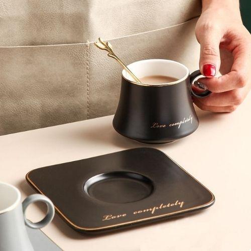 Чаша, чинийка, лъжичка Black Love 160 мл на супер цена от Neostyle.bg