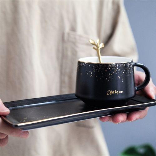 Порцеланова чаша+чинийка с лъжичка на супер цена от Neostyle.bg