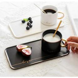 Чаша с чинийка и лъжичка Черна