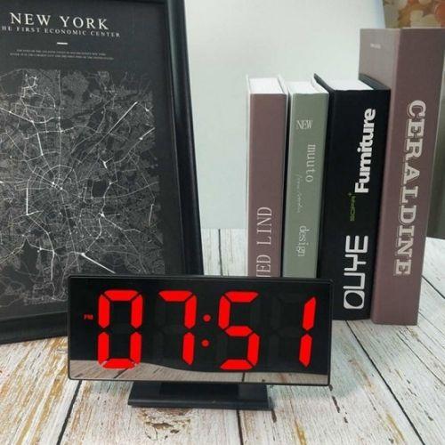 Дигитален часовник на супер цена от Neostyle.bg