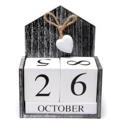 Дървен вечен календар