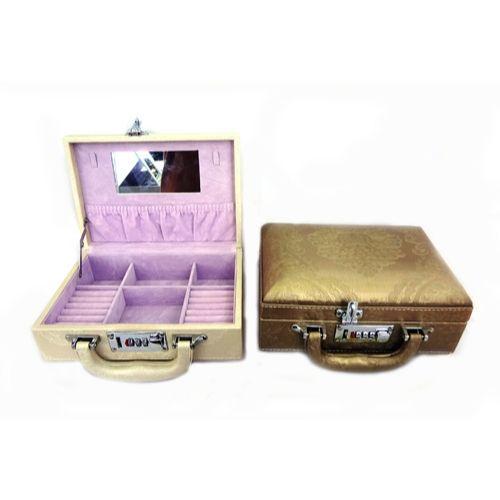 Дизайнерска кутия за бижута на супер цена от Neostyle.bg