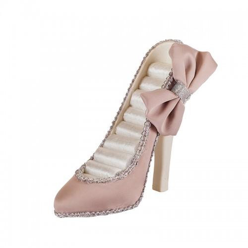 Поставка за бижута обувка на супер цена от Neostyle.bg