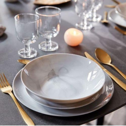 Сервиз за хранене Diwali Marble Luminarc 19.ч на супер цена от Neostyle.bg