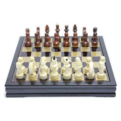 Дървен шах на супер цена от Neostyle.bg