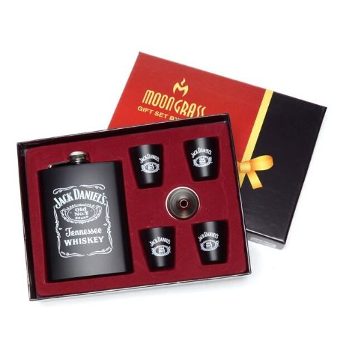 Подаръчен комплект за мъж - Jack Daniels на супер цена от Neostyle.bg