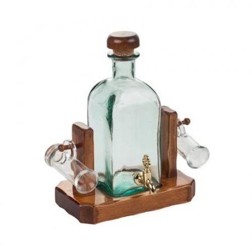 Сет бутилка с чешмичка + 2 чаши за ракия
