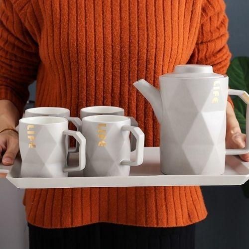 Порцеланов сервиз за чай на супер цена от Neostyle.bg