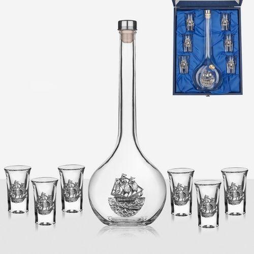 Сервиз бутилка + 6 чаши за ракия Freitas & Dores на супер цена от Neostyle.bg