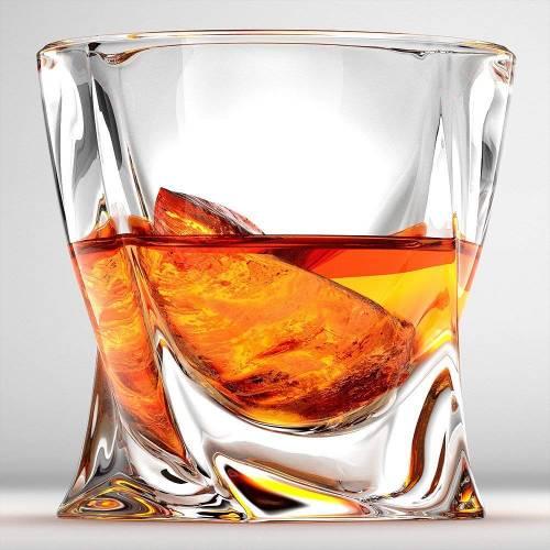 Чаши за уиски Куадро Bohemia на супер цена от Neostyle.bg
