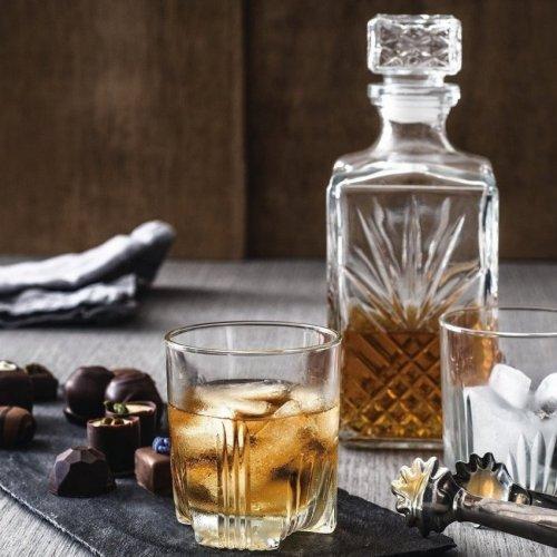 Комплект за уиски с гарафа на супер цена от Neostyle.bg