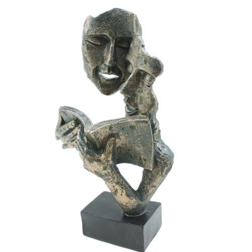 Арт статуетка Четящи Лица на супер цена от Neostyle.bg