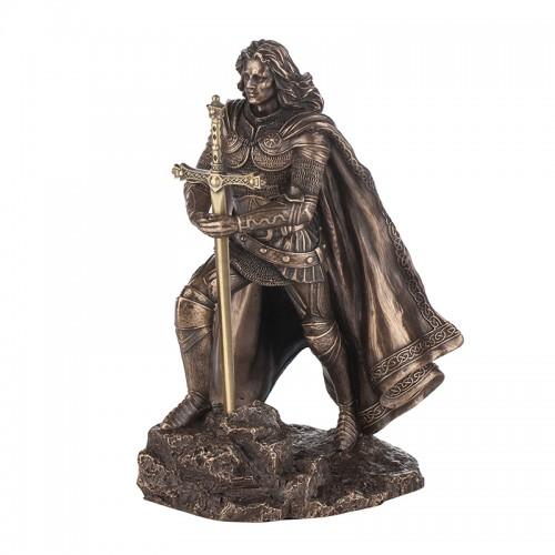 Крал Артур на супер цена от Neostyle.bg