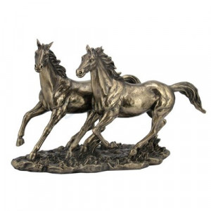 Пластика на коне Veronese