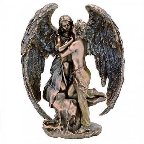 Статуетка Пазител