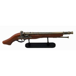 Антична пушка на поставка