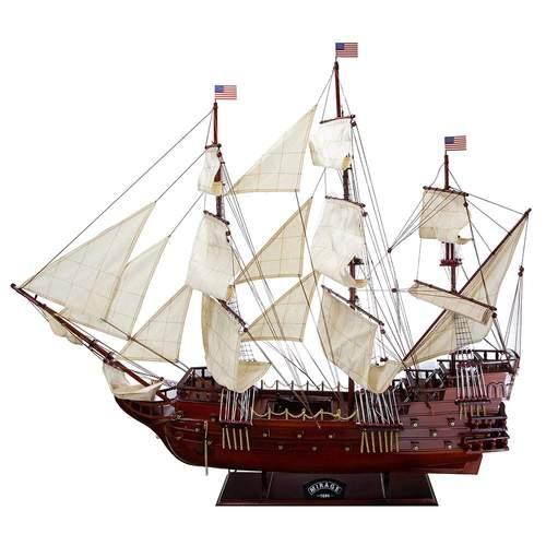 Дървен макет на кораб Mirage 1686 на супер цена от Neostyle.bg