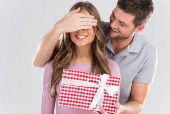 подаръци-за-жена-цена