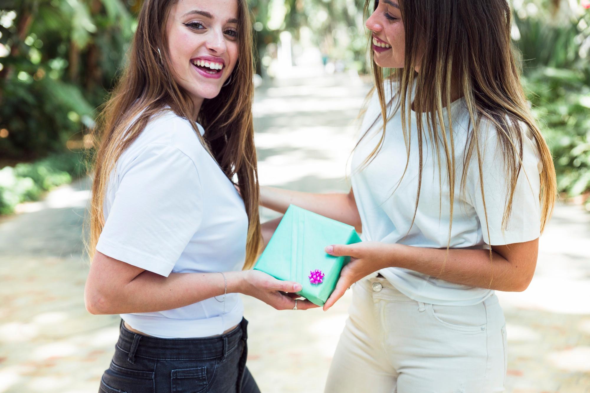 Страхотни идеи за подаръци на най-добра приятелка