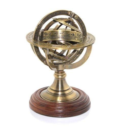 metalen-art-globus-na-top-tsena